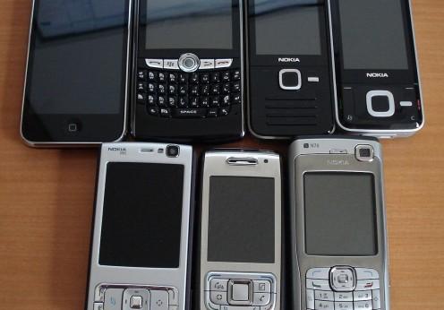 Smartphones assortis - Wikimedia commons